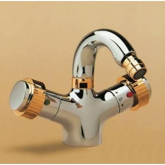 Thermostatic single hole bidet tap