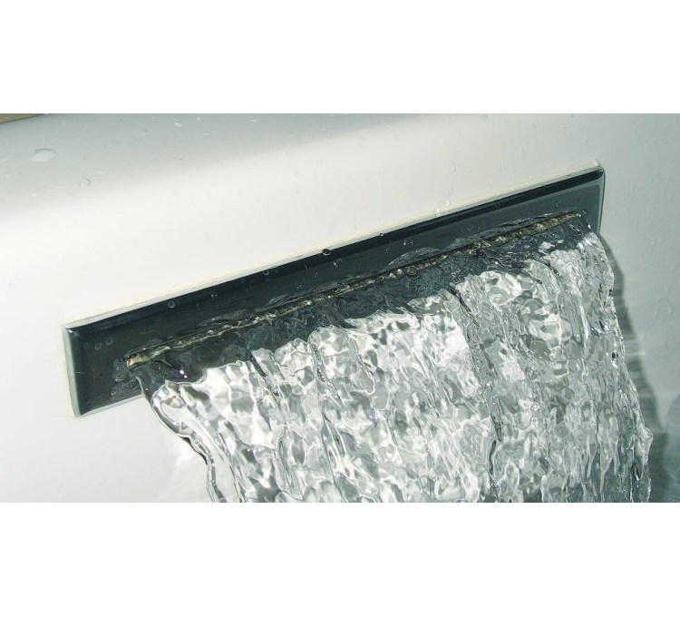 Cascata a muro per vasca da bagno in ottone cromato